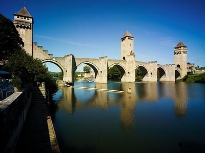 Navigation fluviale au Pont Valentré
