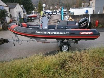réparation de bateaux dans le Lot